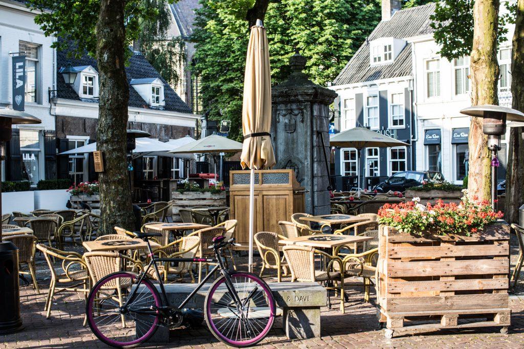 1. Ginneken Markt Breda