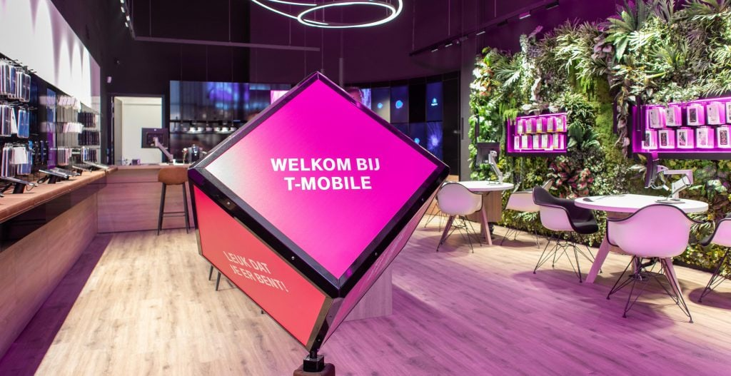 t-mobile shops weer open