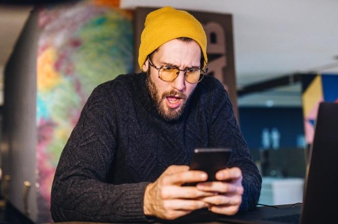 Is je iPhone geblokkeerd? T-Mobile helpt je verder